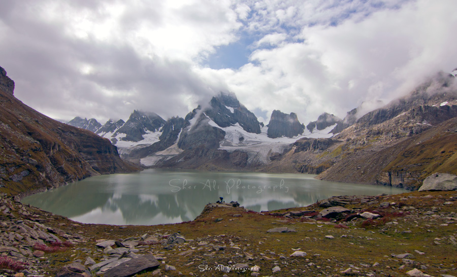 Chitta Katha Lake, Shounter Valley