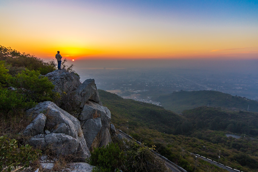 witnessing the sunrise from margalla hills