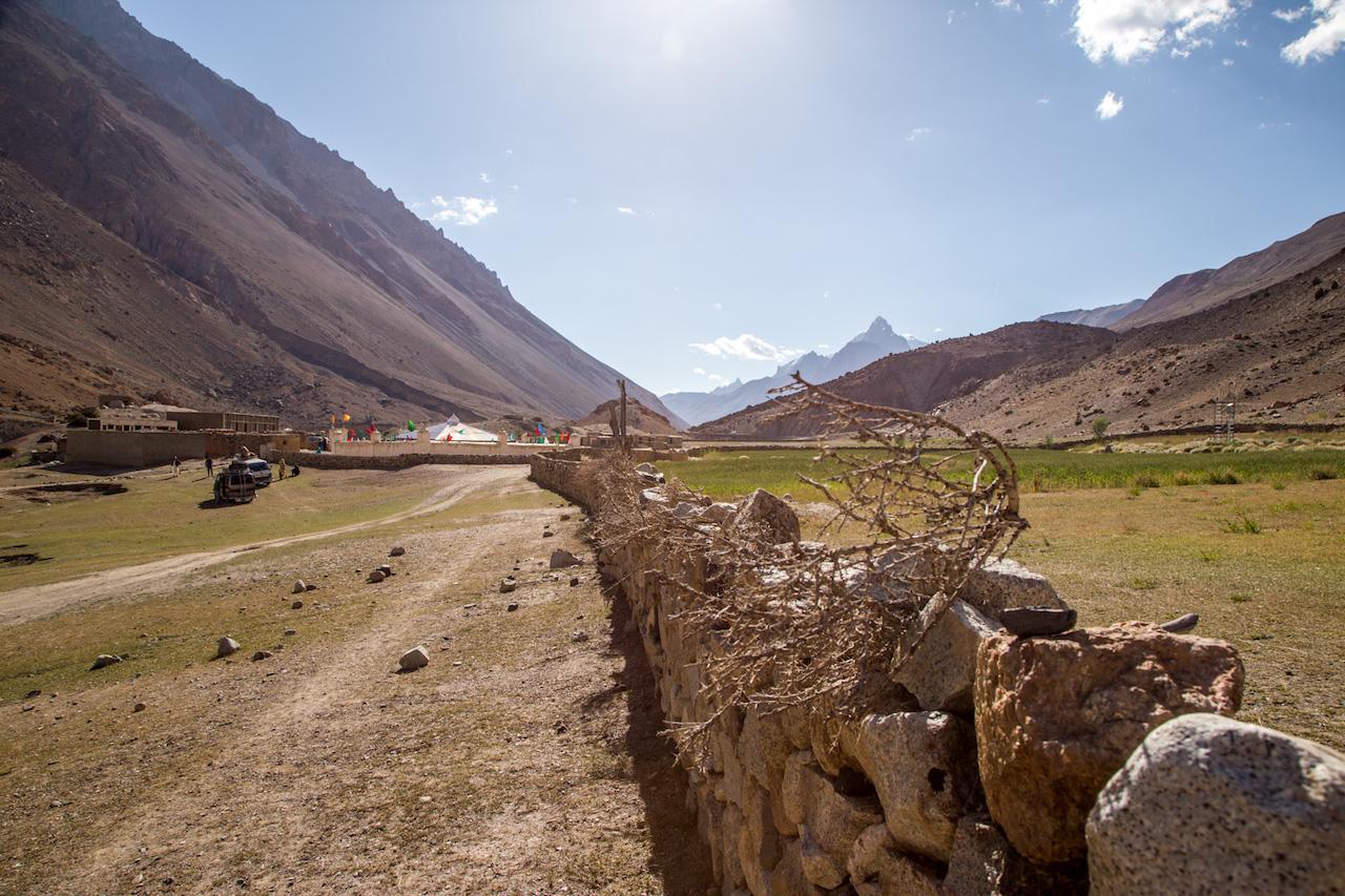Baba Ghundi Ziarat, Chapursan valley