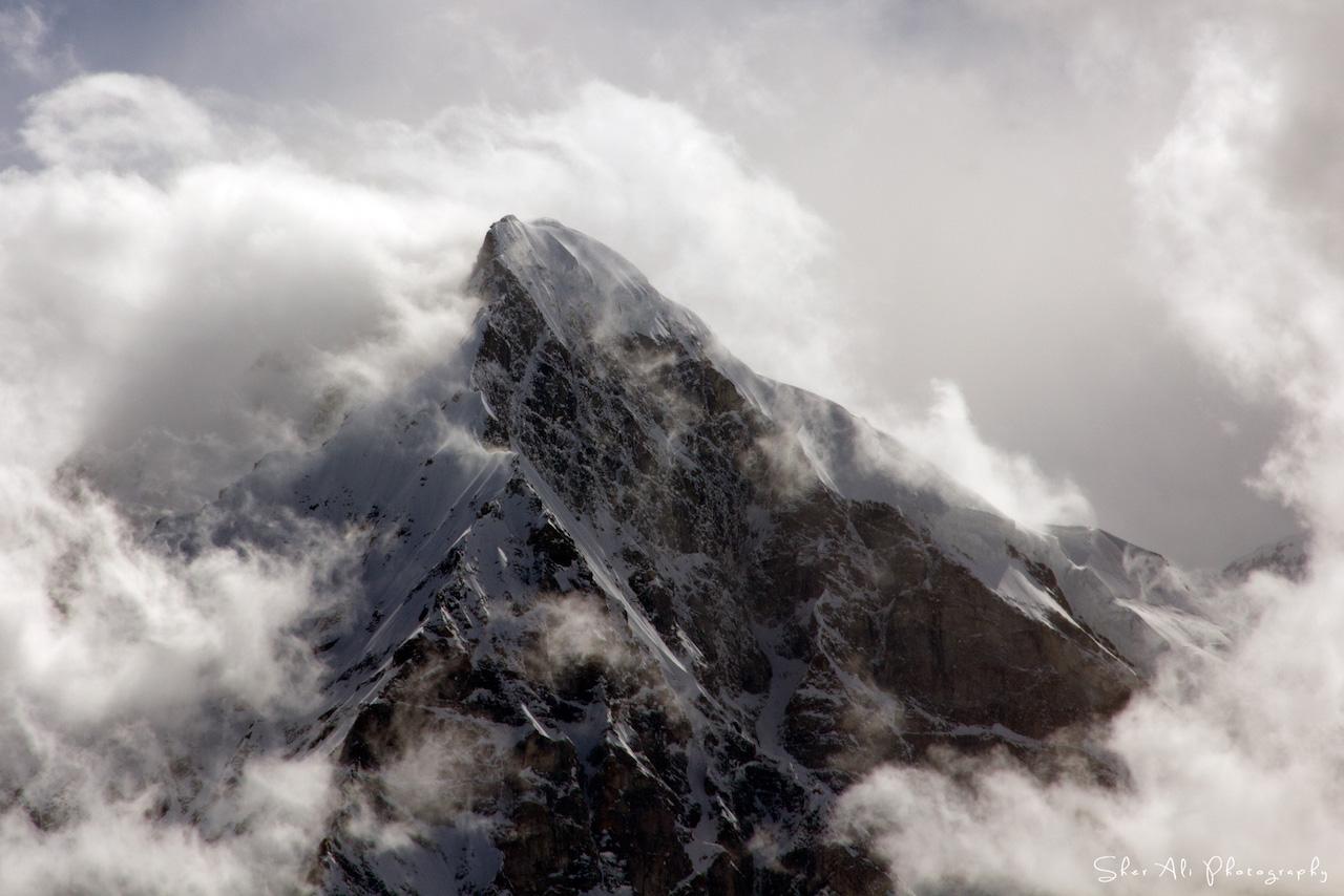 Mazeno peak under clouds