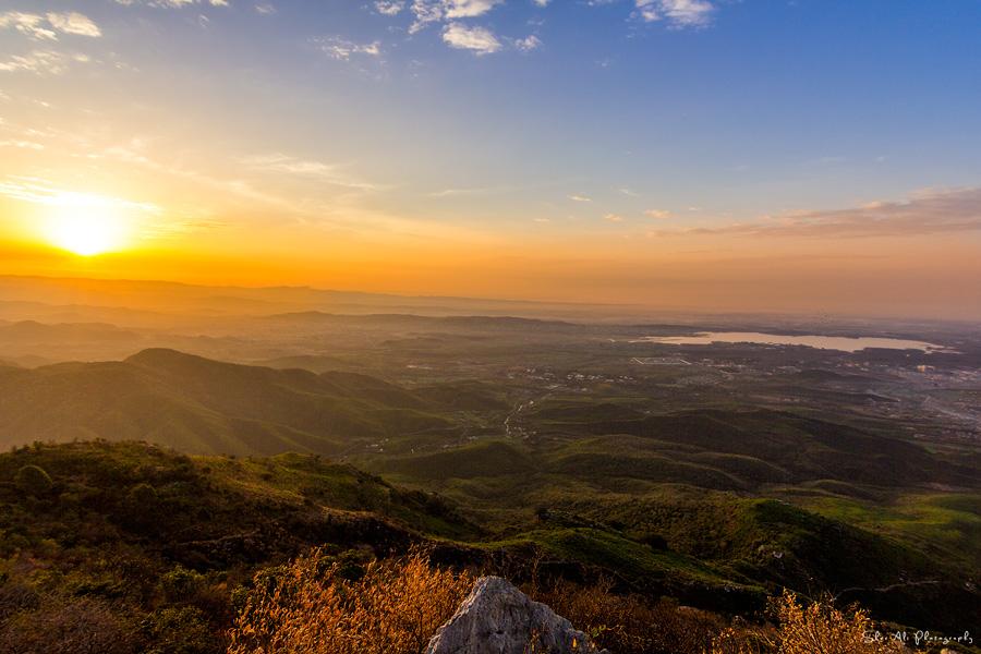 colorful sunrise view from Loh-e-Dandi