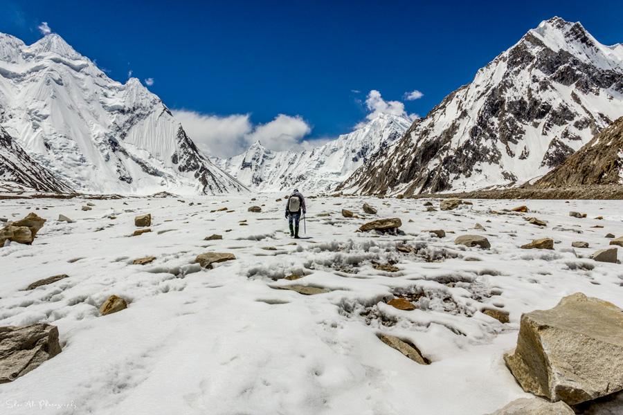 Gondogoro La (5940m) trek, Vigne glacier, Karakoram, Baltistan